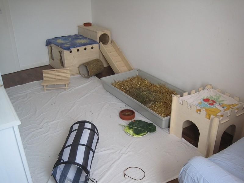 kaninchen holzgehege kaninchenwiese. Black Bedroom Furniture Sets. Home Design Ideas